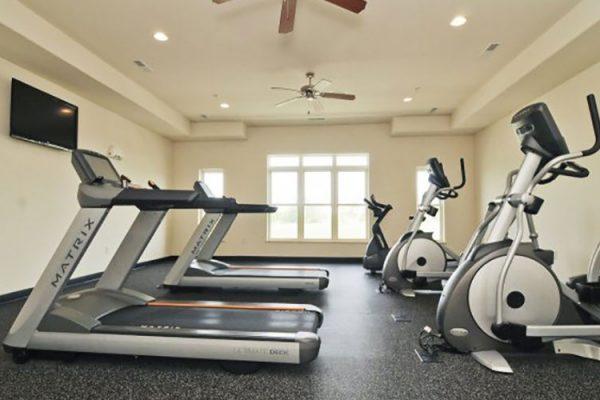 HRK_8787_bikes_treadmills_0